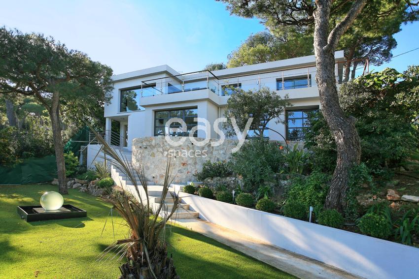 louer une villa contemporaine vue mer pour photos et tournages saint jean cap ferrat lieux lieu