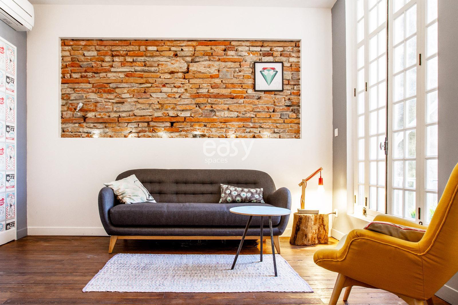 louer un loft contemporain pour prises de vues tournages et v nements professionnels toulouse. Black Bedroom Furniture Sets. Home Design Ideas