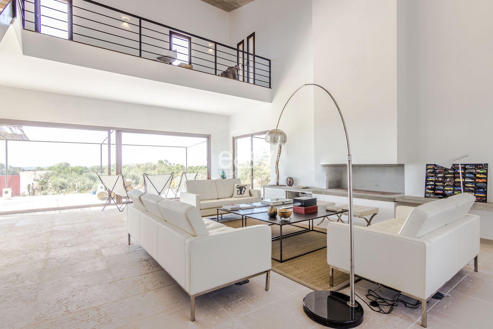 Louer une maison moderne avec piscine pour prises de vues - Louer sa maison pour des tournages ...