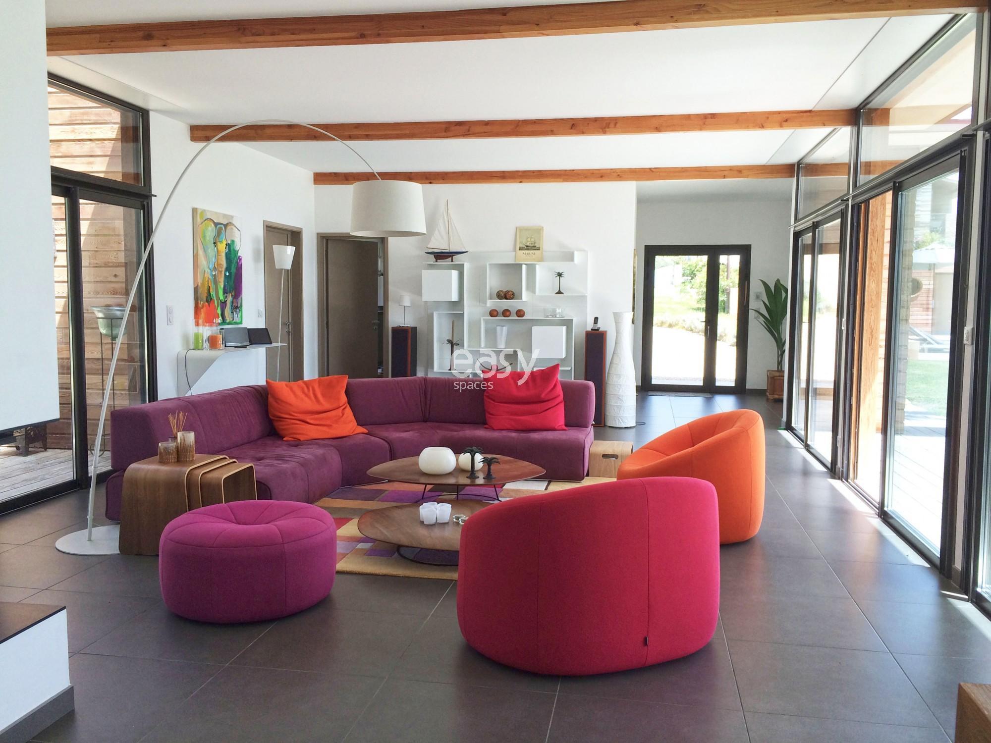 maison bois aix en provence demande de devis duune maison en bois de plain pied sur un terrain. Black Bedroom Furniture Sets. Home Design Ideas