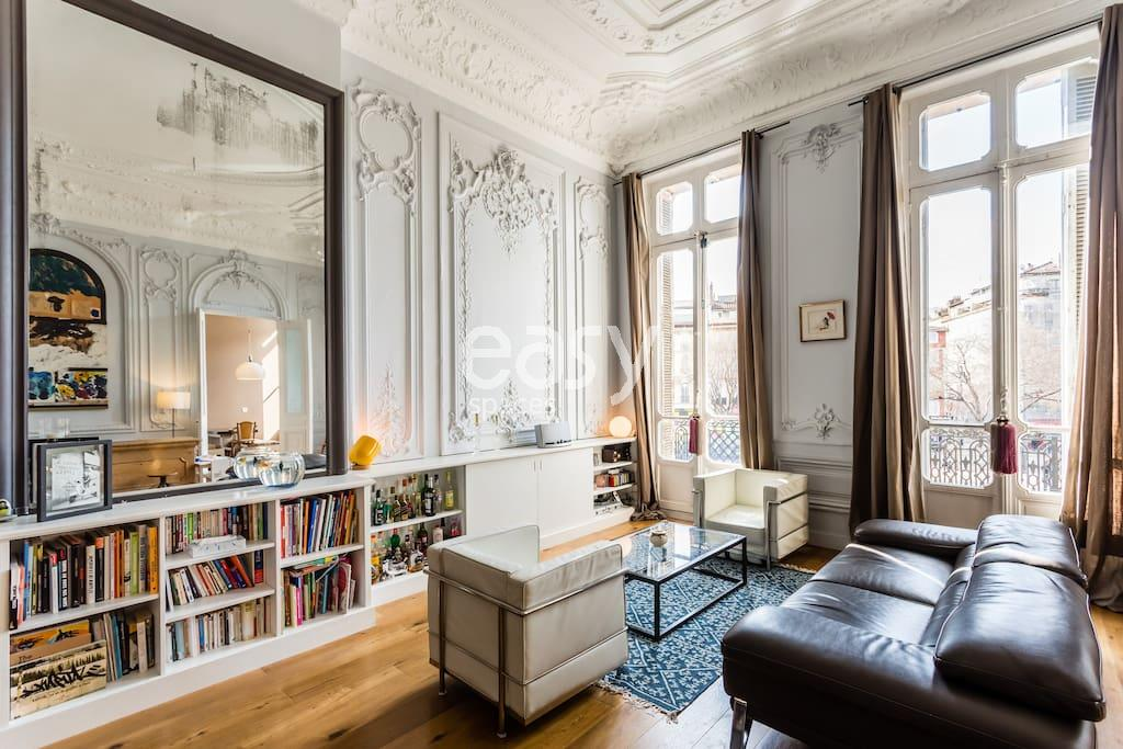 Appartement haussmannien pour shootings photo et tournage for Location appartement atypique paris