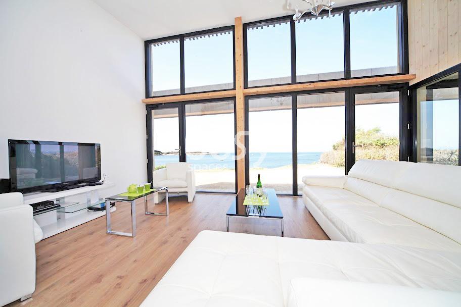 Maison moderne bretagne plan maison maison moderne for Devis maison container