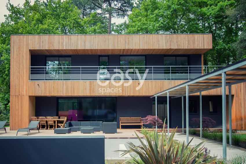 louer une maison en bois contemporaine pour photo et tournage a hossegor lieux lieu louer pour. Black Bedroom Furniture Sets. Home Design Ideas