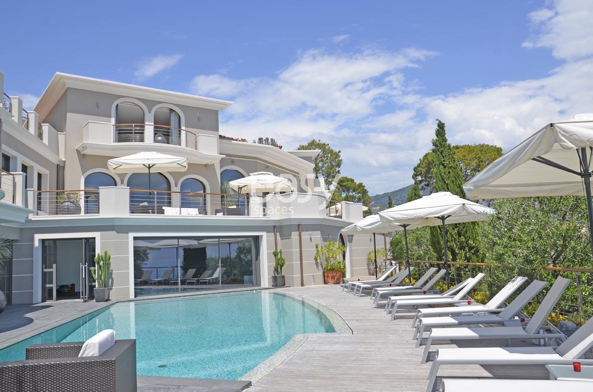 Location villa contemporaine vue panoramique pour photo tournage et v nement - Louer sa maison pour tournage ...