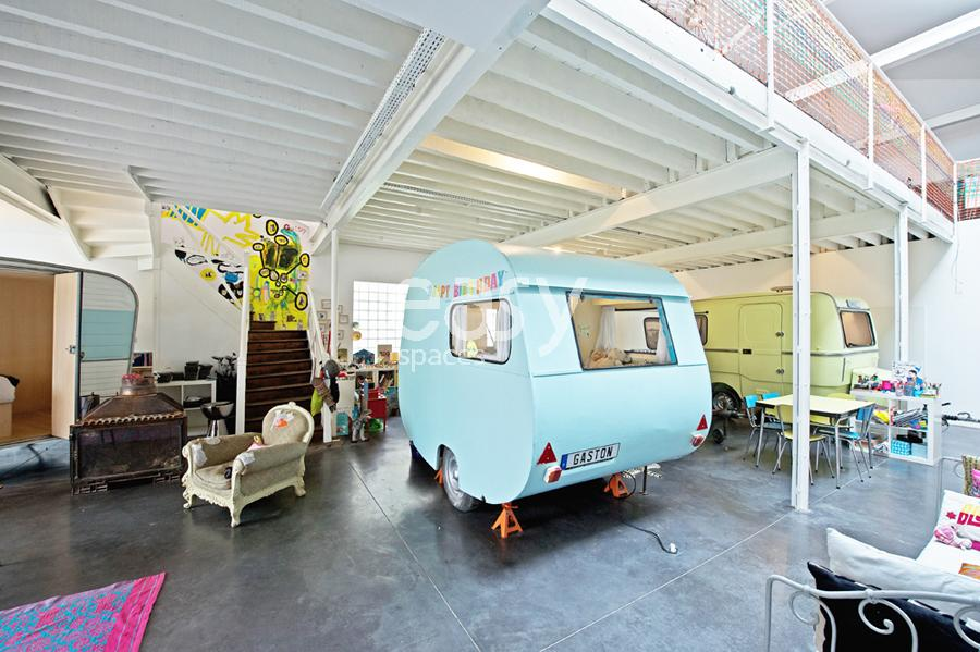 Louer une maison de type loft atypique pour photos for Maison loft atypique