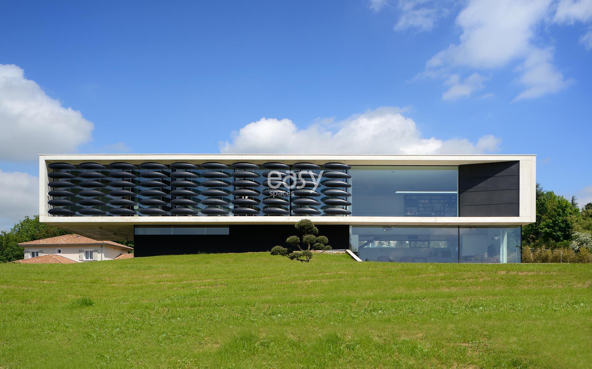 Louer une maison ultra contemporaine pour photo et tournage près ...
