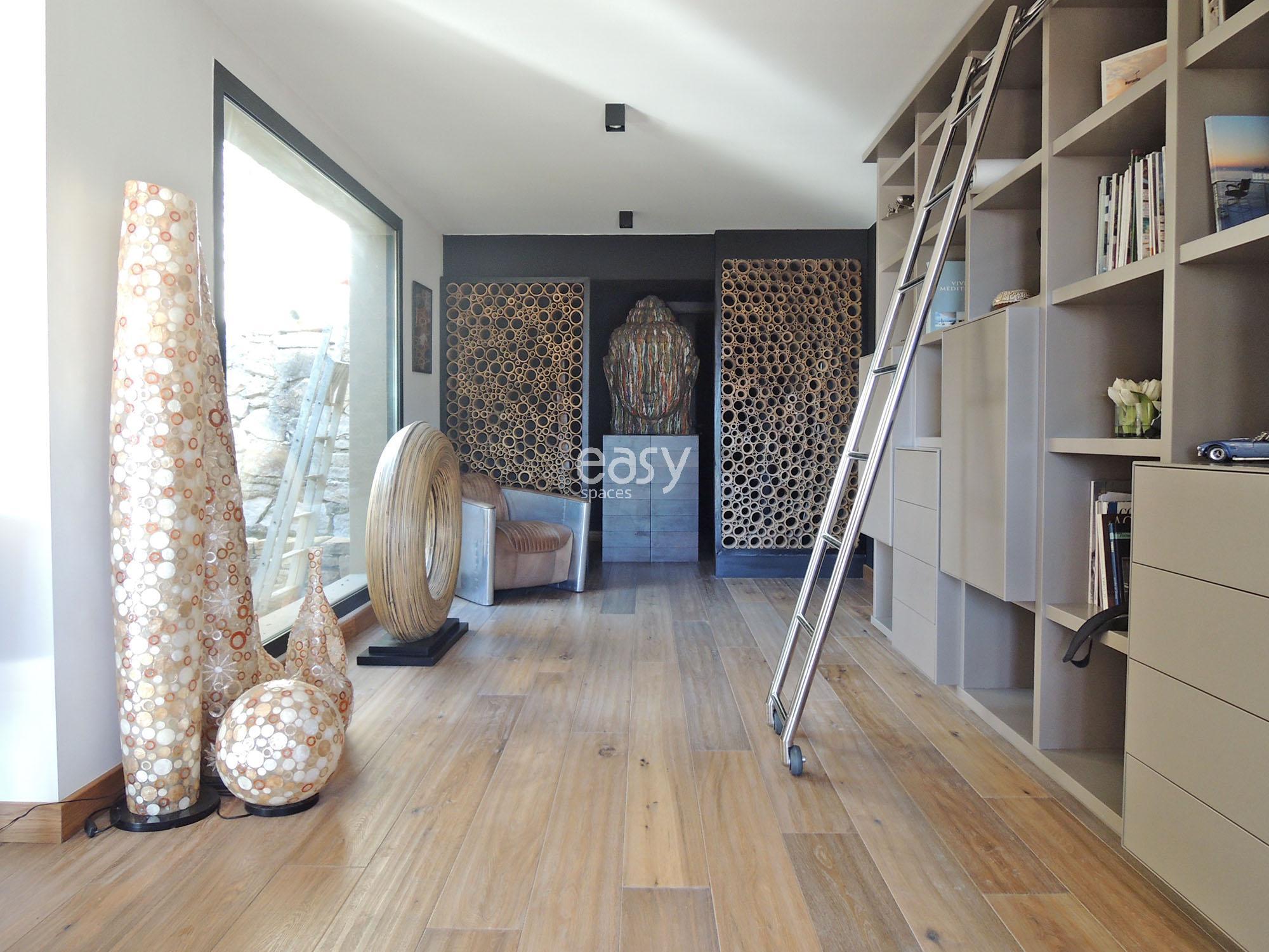 maison atypique pour shooting tournage marseille lieux lieu louer pour tournage dans le sud de. Black Bedroom Furniture Sets. Home Design Ideas