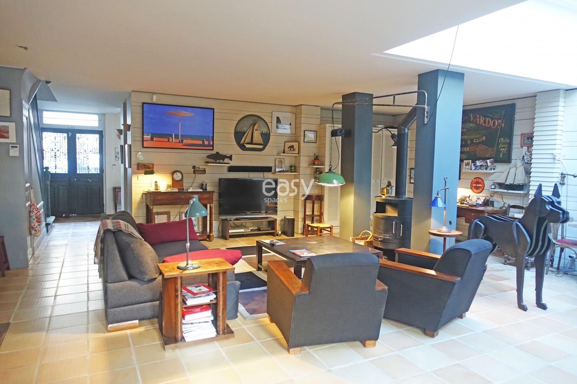 Maison avec jardin pour shooting tournage proche paris 92 for Location espace atypique paris