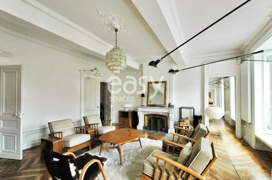 Populaire préféré Louer un appartement de type haussmannien avec parquet et moulures @SX_68