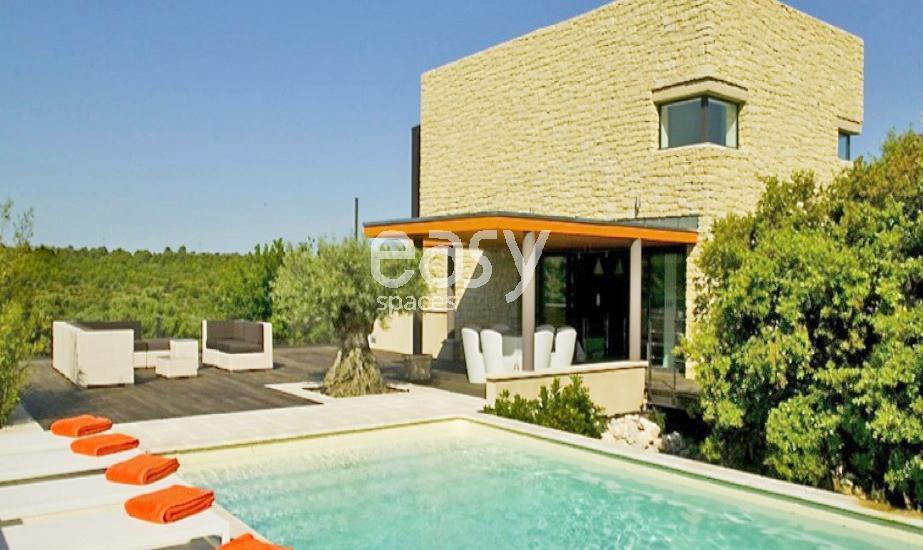 Location maison en pierre avec piscine pour photos et tournages lub ron lieux lieu louer pour - Location maison pour film tournage ...