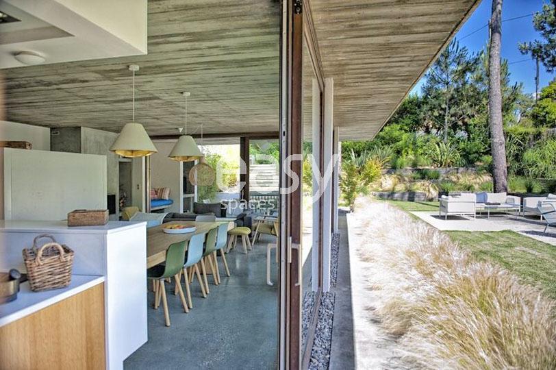 Louer une maison contemporaine pour photos et tournages au for Maison a louer cap ferret avec piscine