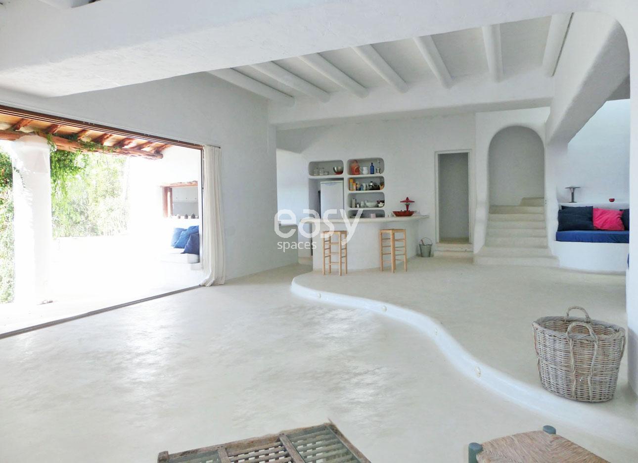 Maison atypique avec piscine vue mer louer pour for Location maison atypique
