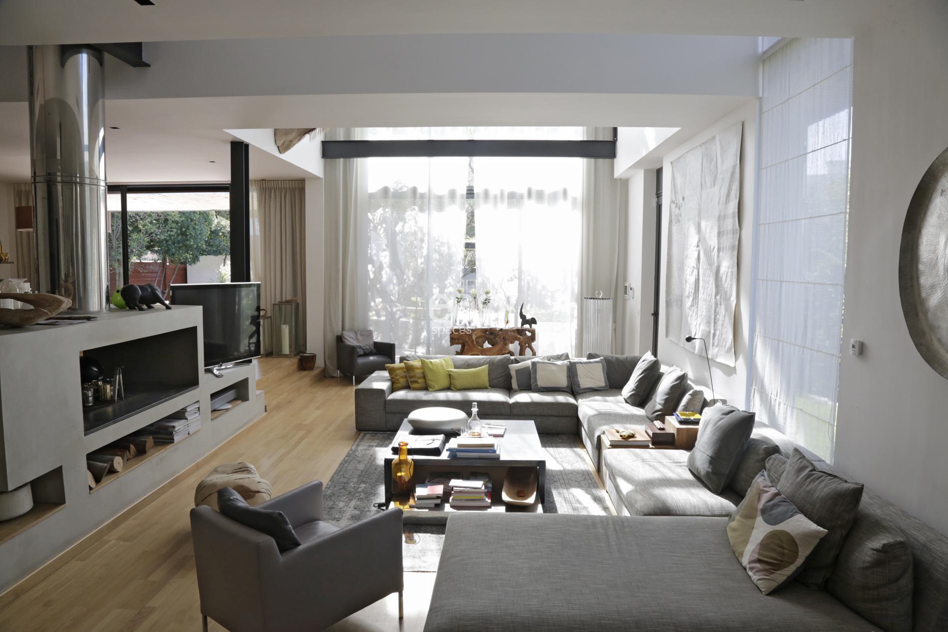 louer ma maison pour tourner un film. Black Bedroom Furniture Sets. Home Design Ideas