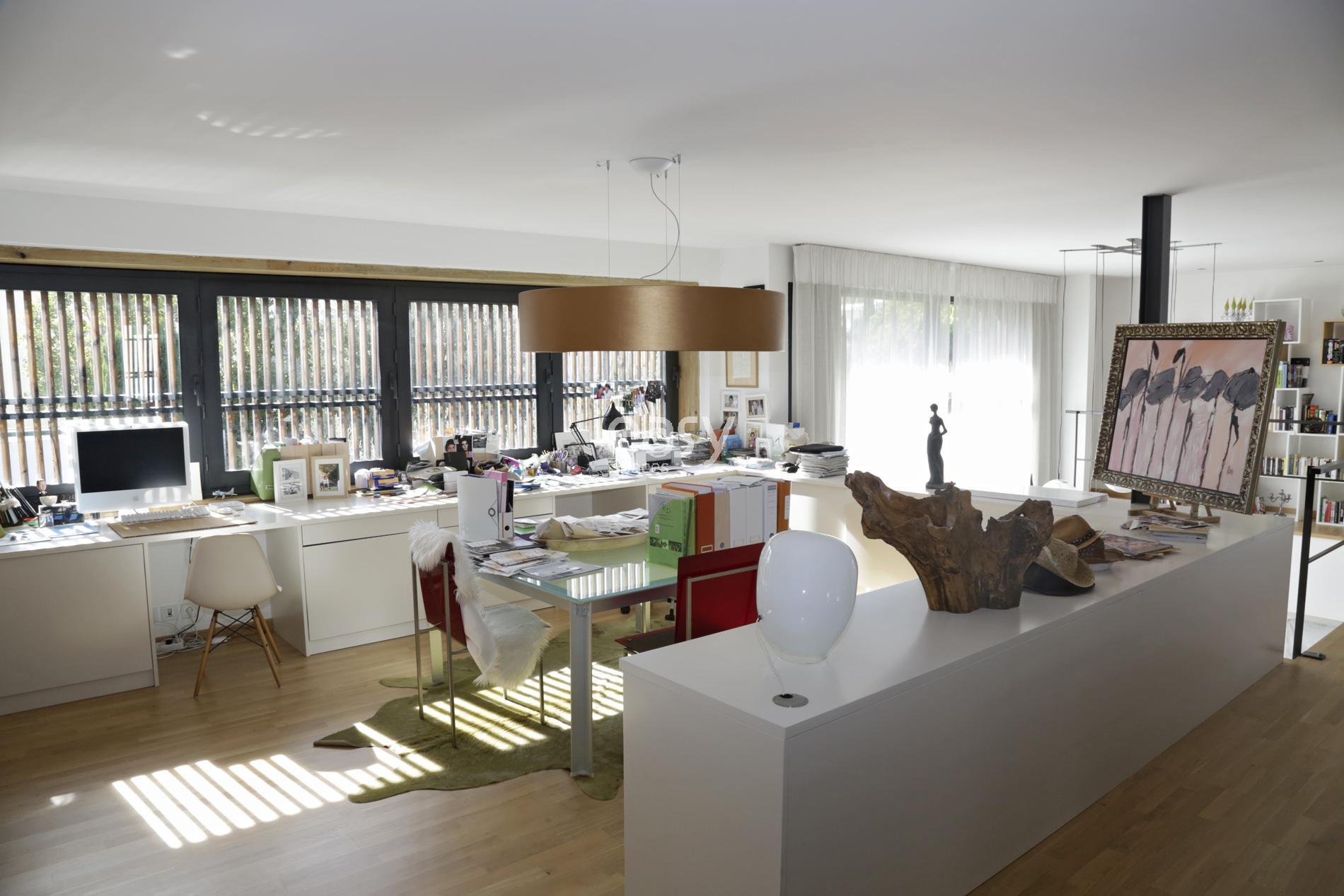 maison bois contemporaine sud avec des id es int ressantes pour la conception de. Black Bedroom Furniture Sets. Home Design Ideas