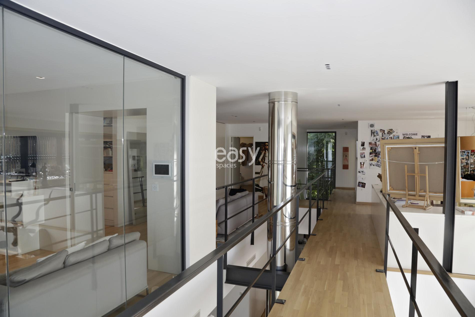 louer sa maison pour des tournages ventana blog. Black Bedroom Furniture Sets. Home Design Ideas