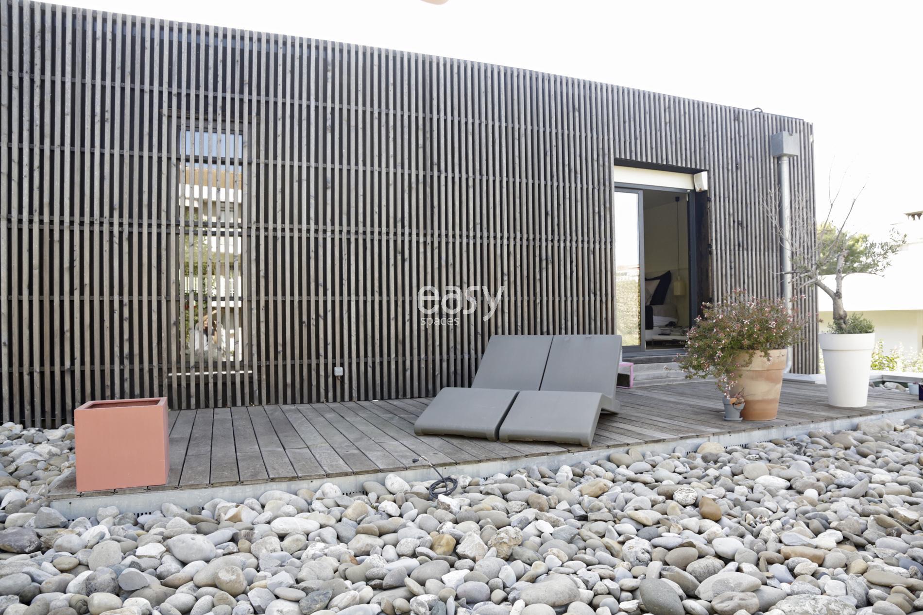 Location maison contemporaine en bois pour tournage photo marseille lieux lie - Ou trouver du bois pour faire des meubles ...