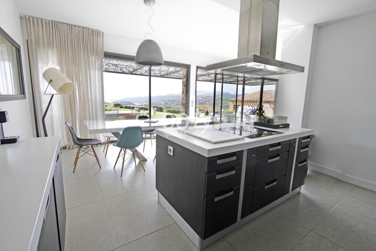 o trouver un lieu de tournage en paca lieux lieu louer pour tournage dans le sud de la france. Black Bedroom Furniture Sets. Home Design Ideas