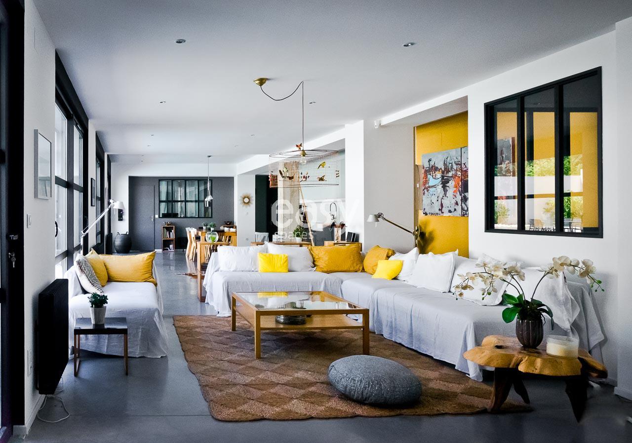 louer un loft contemporain pour shootings tournages vent pro aix en provence lieux lieu louer. Black Bedroom Furniture Sets. Home Design Ideas