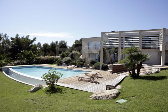 Location de villa pour shootings et tournages entre - Terrasse vue jardin marseille saint etienne ...