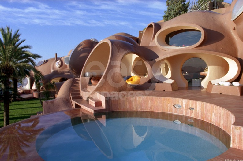 Location villa atypique avec piscine vue mer pour for Location atypique