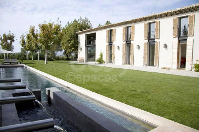 Location maison moderne en pleine campagne aixoise pour photos tournages v nements aix en - Location maison pour film tournage ...