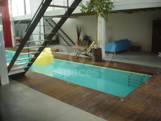 Location loft avec piscine pour photos tournages et for Location piscine privee paris