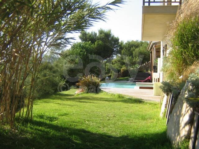 Location maison moderne avec piscine vue mer pour tournages photos saint tropez lieux lieu - Maison a louer avec jardin wasquehal dijon ...