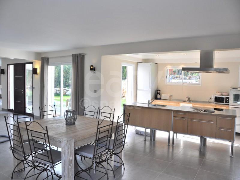 Villa moderne pour tournages photos et v nements cannes lieux lieu louer pour tournage dans Maison moderne cotedazur