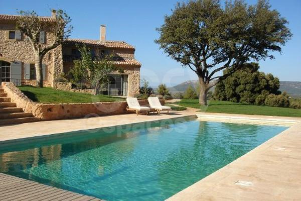 Lieu de tournage avec piscine lub ron lieux lieu louer - Location maison avec piscine luberon ...