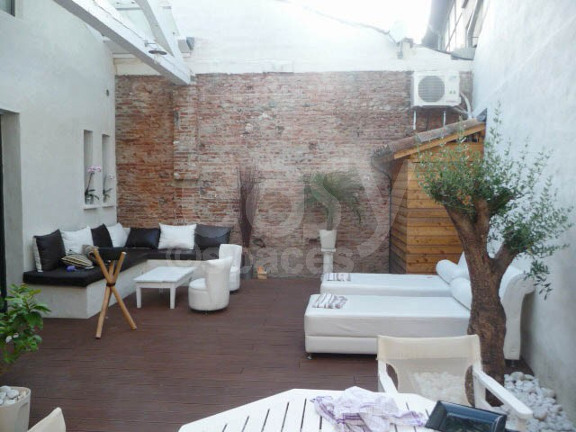 Location de maison type loft pour tournages productions for Location appartement atypique toulouse centre