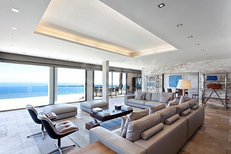 Location maison contemporaine vue mer pour prises de vues for Interieur sud cannes