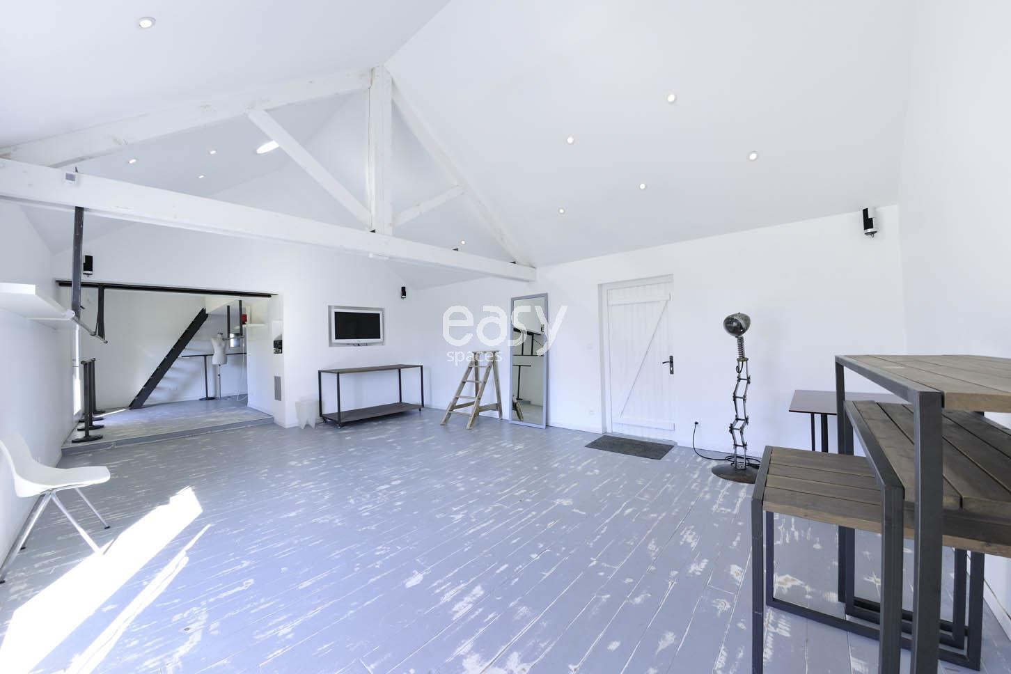 louer une maison contemporaine pour photos et tournages nantes lieux lieu louer pour tournage. Black Bedroom Furniture Sets. Home Design Ideas