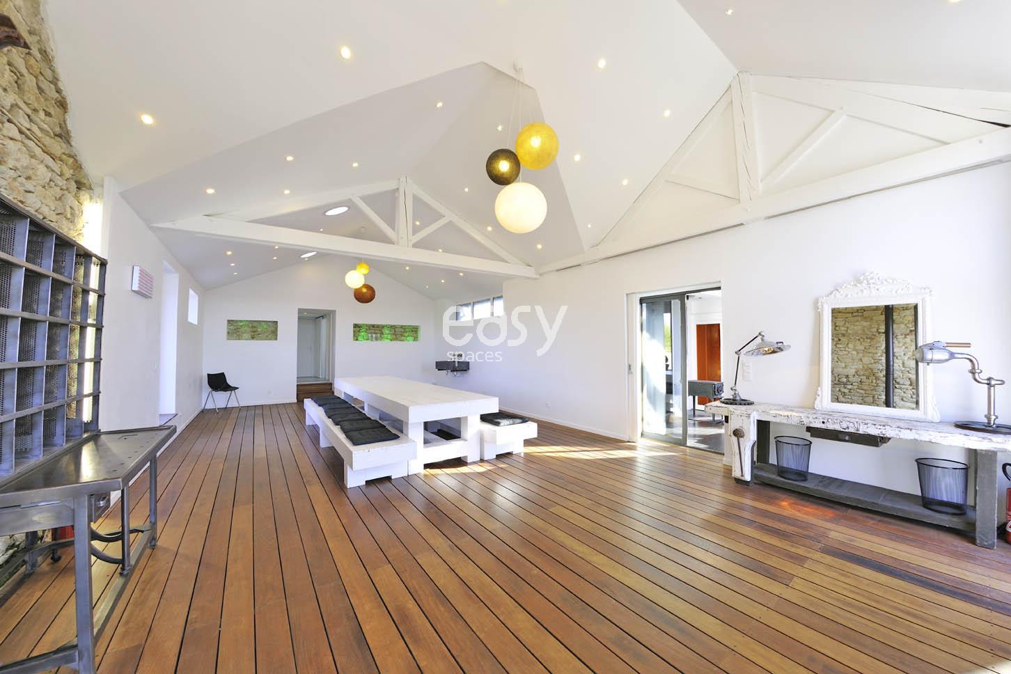 Louer une maison contemporaine pour photos et tournages for Maison contemporaine nantes