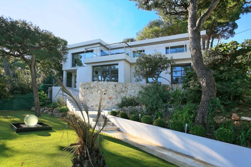 villa contemporaine vue mer à louer pour photo