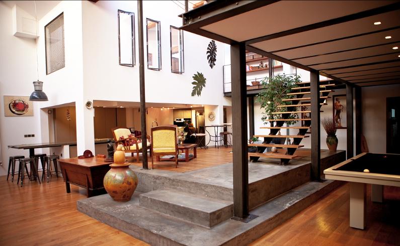 location loft tr s moderne et atypique pour shooting photo. Black Bedroom Furniture Sets. Home Design Ideas