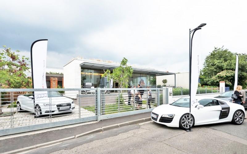 Louer un lieu pour un lancement de voitures