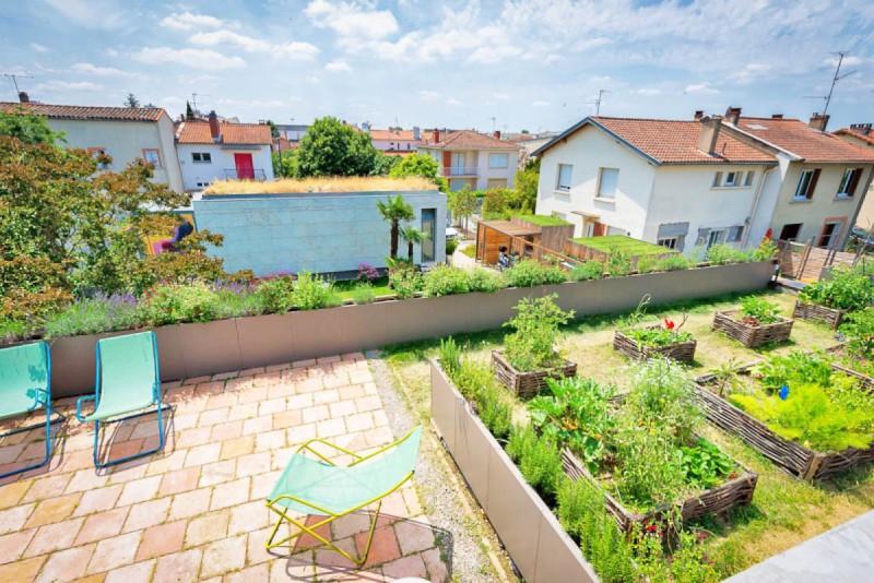 Louer une villa avec une terrasse vue urbaine