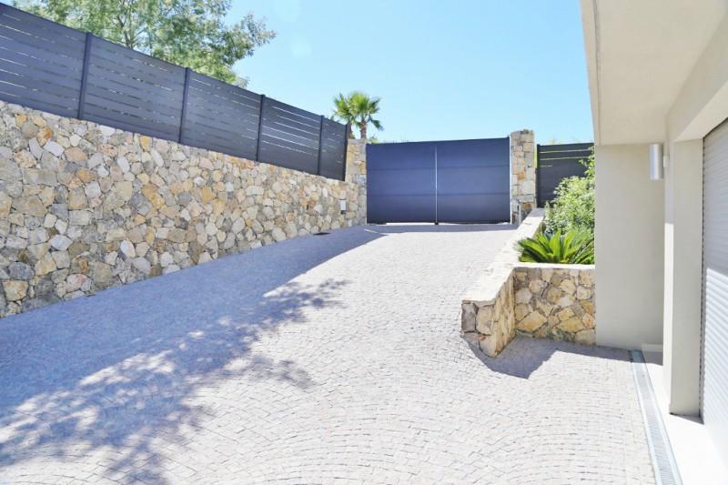 Cherche villa ultra contemporaine pour photo