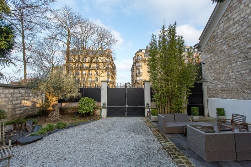 espace événementiel avec jardin en banlieue parisienne