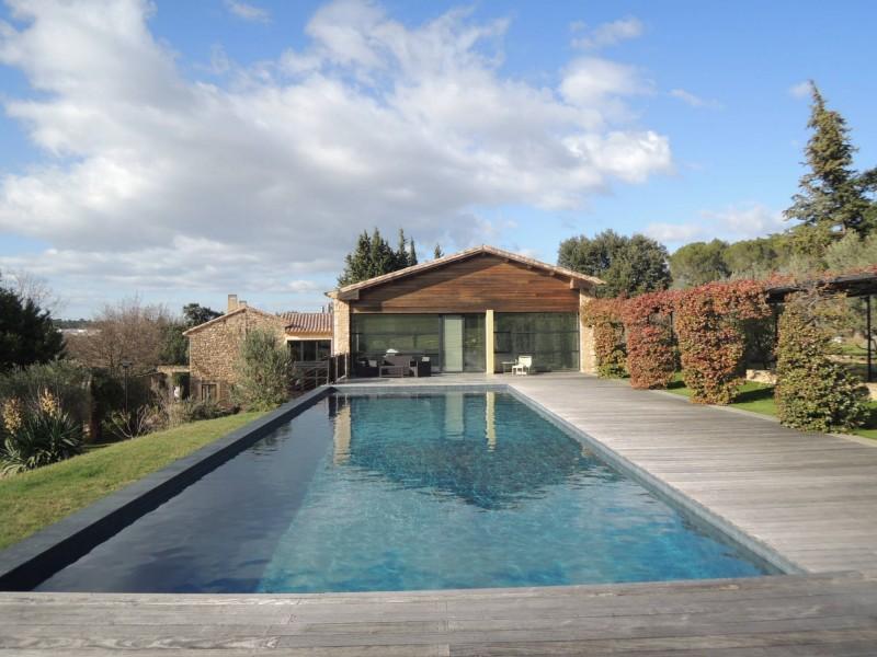 louer une maison avec piscine pour production photo à Nîmes