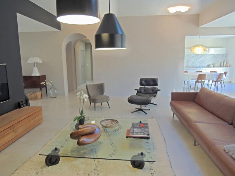 Louer une maison contemporaine pour un shooting photo dans le sud de la France
