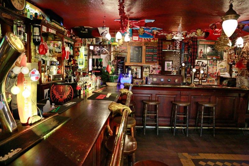 Louer un bar pour des prises de vues en région Paca