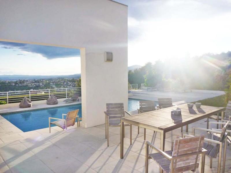 louer une villa avec piscine pour production photographique Nice