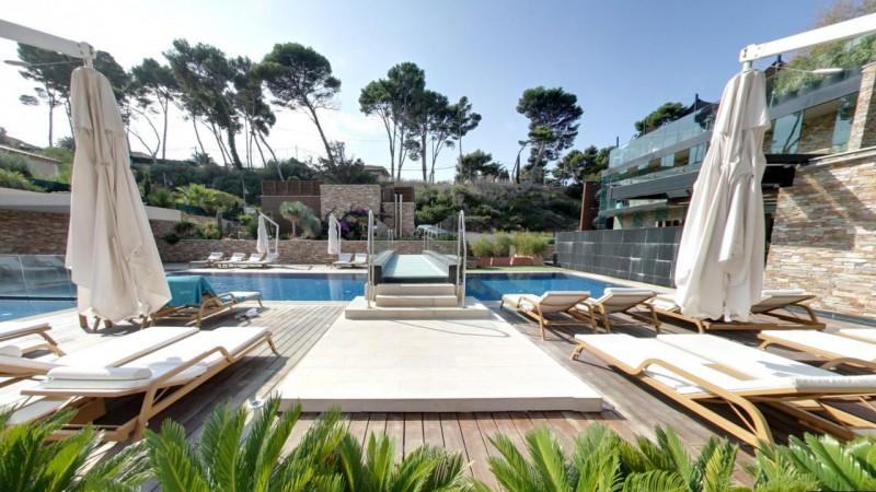Location d'espace avec piscine pour événement séminaire shooting photo et tournage dans le sud de la france Marseille Toulon