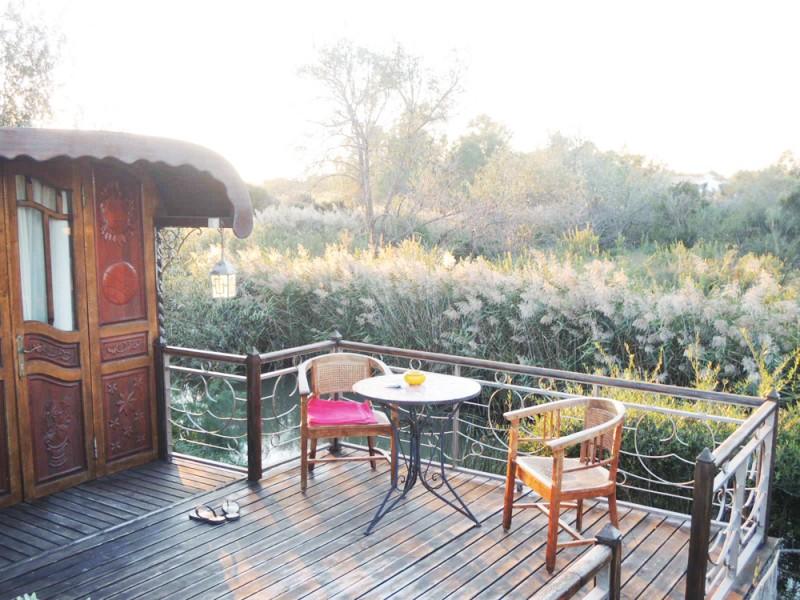 organiser un shooting pour du mobilier de jardin en camargue