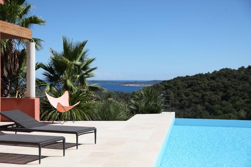 louer une maison contemporaine vue mer pour photo