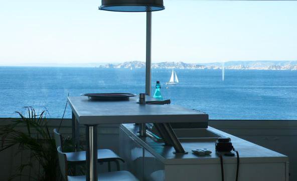 Où trouver une villa vues sur mer pour événements professionnels sur Marseille