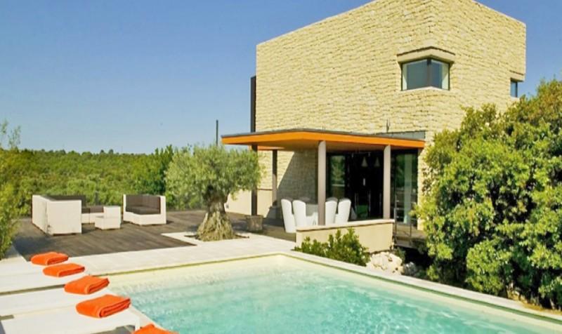 Location maison en pierre avec piscine pour photos et for Location maison dans le sud avec piscine