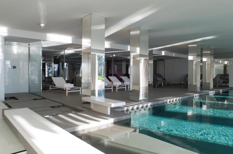 Louer un lieu avec piscine intérieure pour photos