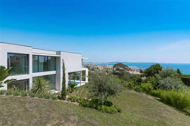 maison contemporaine avec vue mer pour événement professionnel Cannes